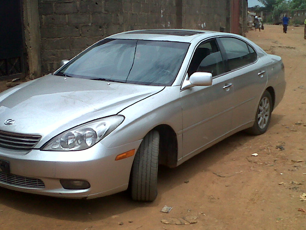 A Tokunbo Toyota Lexus Es 330 Car For 2003 Model Autos Nairaland