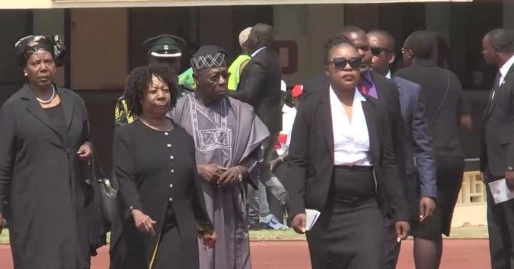 Just in: Obasanjo Arrives In Zimbabwe For The Burial Of Robert Mugabe (photo)
