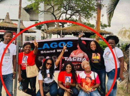Tacha's Fans Clash With Seyi's Fans As They Replace Tacha Banner With Seyi Own