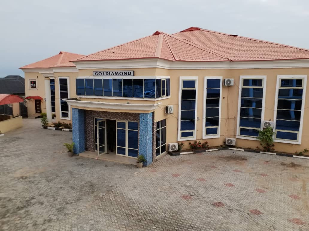 Court Orders Final Forfeiture Of Hotel, Houses Belonging To Civil Servant (pics)