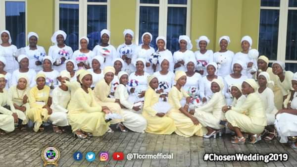 Lord's Chosen Members Wed Without Makeup In Lagos (See Photos) 9