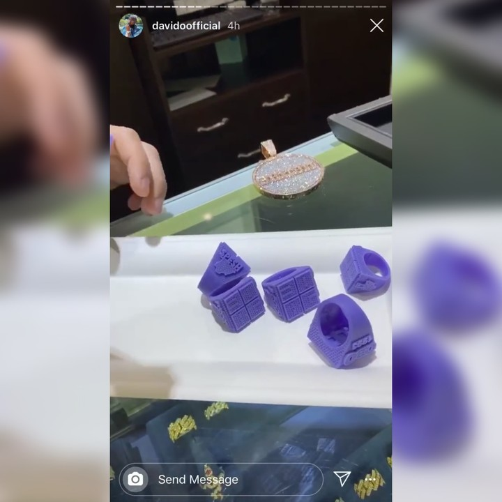 Davido Spends Thousands Of Dollars On 30BG Diamond Rings For His Crew