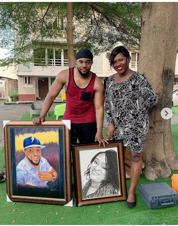 Mary Visuals Drew Williams Uchemba And His Mother, Presents The Portraits To Him