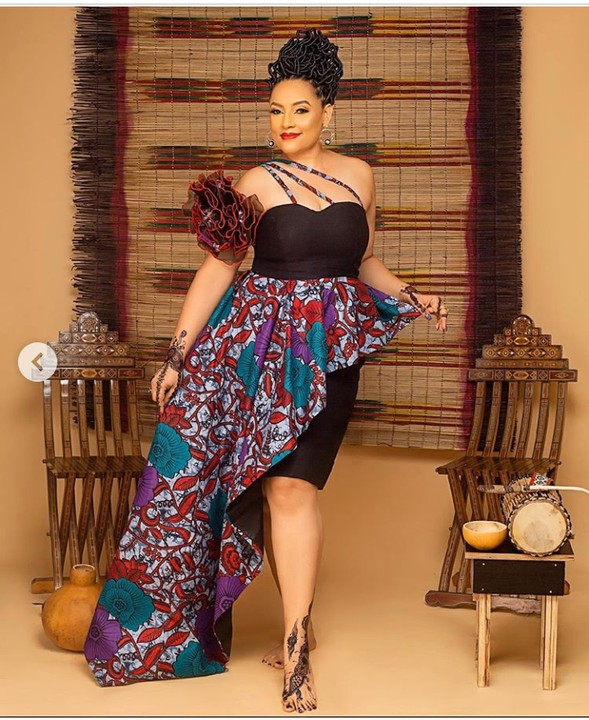 Actress Lilian Bach Celebrates Her 49th Birthday With Stunning Photos 2