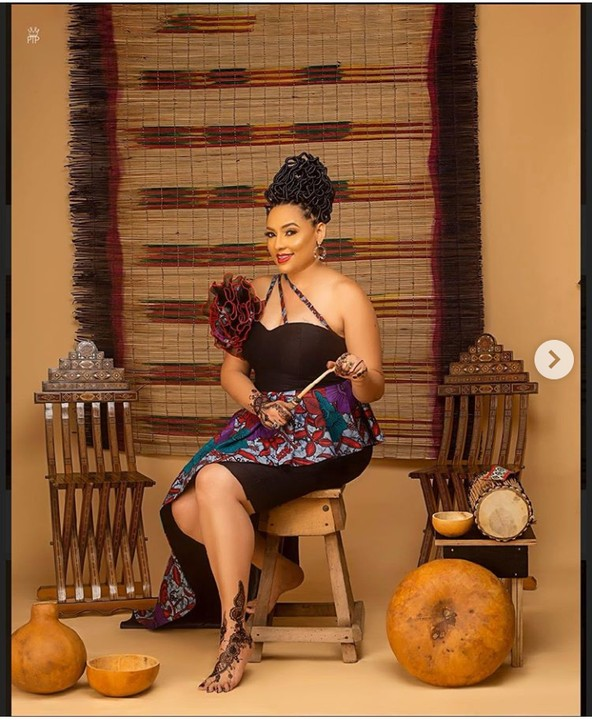 Actress Lilian Bach Celebrates Her 49th Birthday With Stunning Photos 3