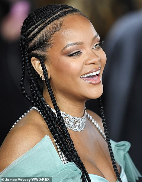 10669002 5 jpegddf9c9a45551e218c4018d5c53e9f6bb - American Singer, Rihanna Rocks Mint Cleavage-Baring Outfit (Photo)