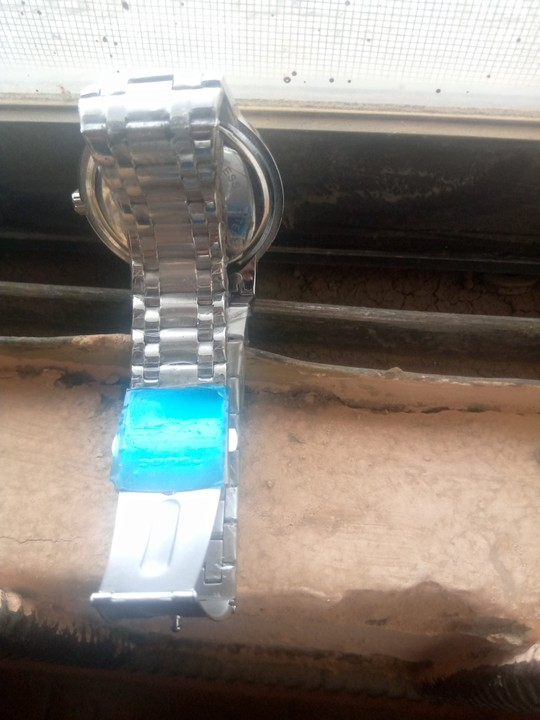 Lady Buys 5k Wristwatch For Boyfriend As Birthday Gift, Laments As He Rejects It 4