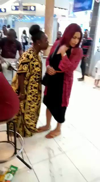 Real Humiliation: Woman Attacks Lady At Ikeja Mall For Trying To Snatch Her Husband From Her 2