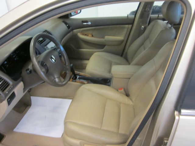 2003 honda accord for sale at call 07038637248. Black Bedroom Furniture Sets. Home Design Ideas