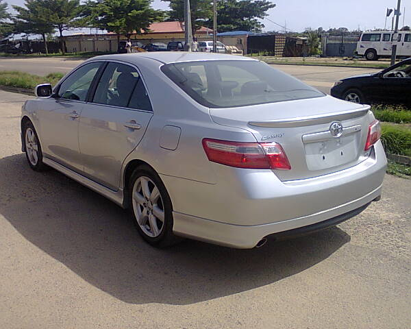 2008 toyota camry se with leather alloy wheels autos. Black Bedroom Furniture Sets. Home Design Ideas