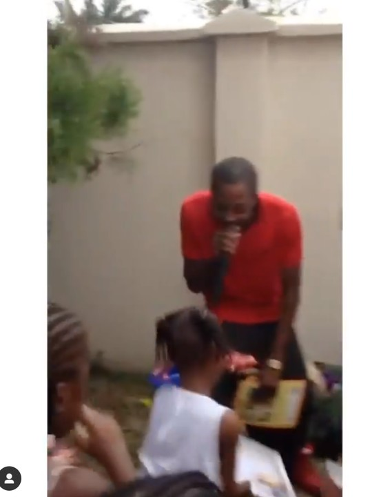 Tunde Ednut Performing At A Child S Birthday Party 8 Years Ago Throwback Video Celebrities Nigeria We make it simple and entertaining to learn about celebrities. tunde ednut performing at a child s