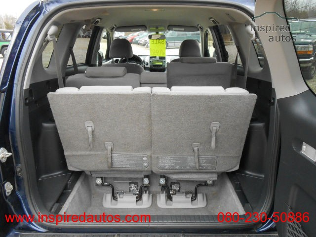 2006 toyota rav 4 rare third row pre ordered by. Black Bedroom Furniture Sets. Home Design Ideas