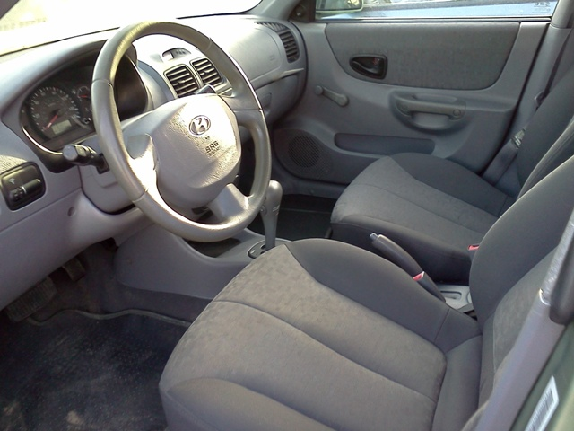 2002 Hyundai Accent Gs-fabric Interior,fuel-efficient ...