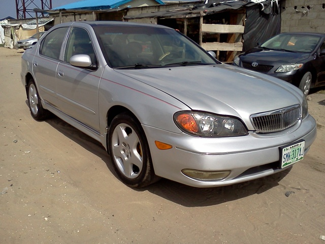infiniti i30 touring sedan well maintained n950k. Black Bedroom Furniture Sets. Home Design Ideas