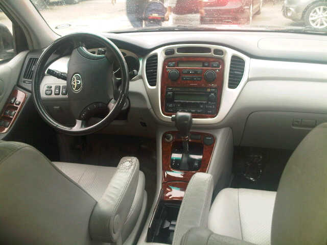 Toyota highlander 2005 model leather interior for sale autos nigeria for Texas leather interiors prices