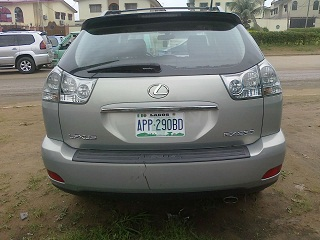 a nigerian used lexus rx330 2004 model for sale autos nigeria. Black Bedroom Furniture Sets. Home Design Ideas