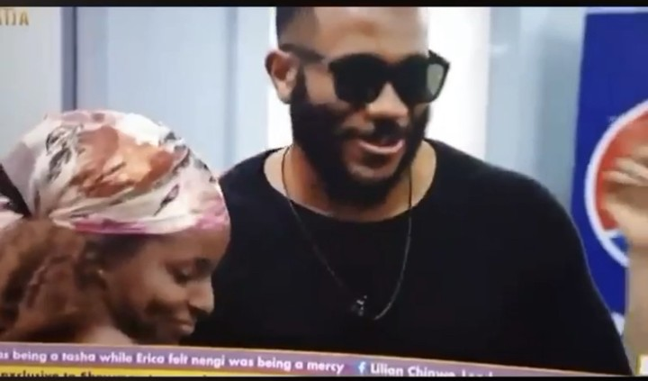 #Bbnaija2020: Wathoni Kisses Kiddwaya During BBNaija Truth Or Dare Game 12000618_9e915aacae684fd4a604f215b9bef7e9_jpeg_jpegfe8e4497d191edb7d7da575e97edb9e1