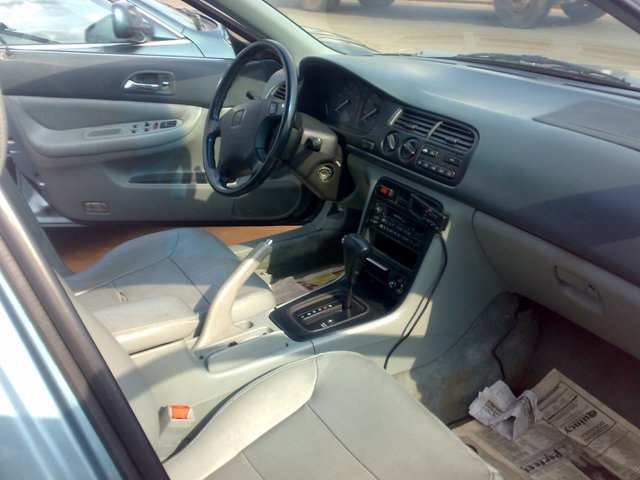 honda accord bulldog v6 leather 10 cd loader and lot more for just 800k autos nigeria. Black Bedroom Furniture Sets. Home Design Ideas