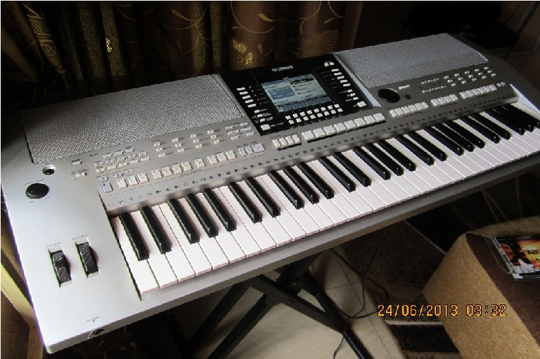 psr s910 keyboard for sale urgently music business nigeria. Black Bedroom Furniture Sets. Home Design Ideas