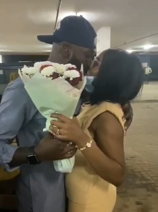 Twitter - Gedoni Welcomes Khafi With A Passionate Kiss As She Returns To Nigeria From UK 12346701_12346372img20200916170427jpegc3dbe2b7785e0bb1a993a3a927561c4d_jpeg_jpegf74547c17e4f7232d476f182b890dce5