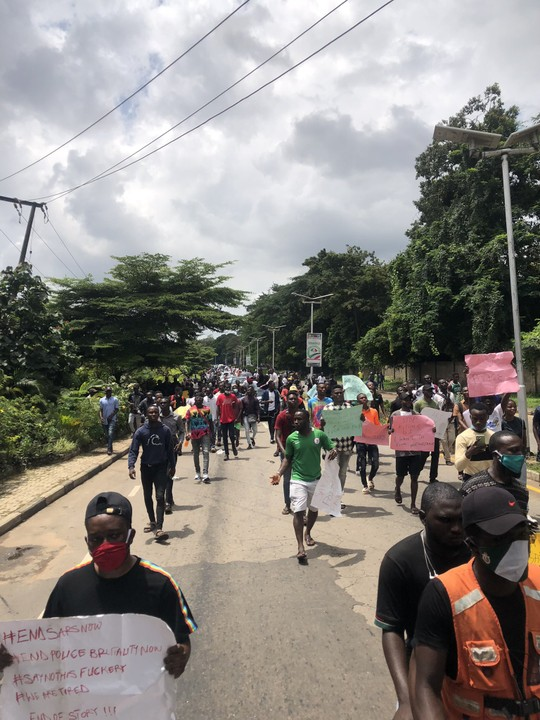 Video Of EndSARS Protesters In The Streets Of Ibadan
