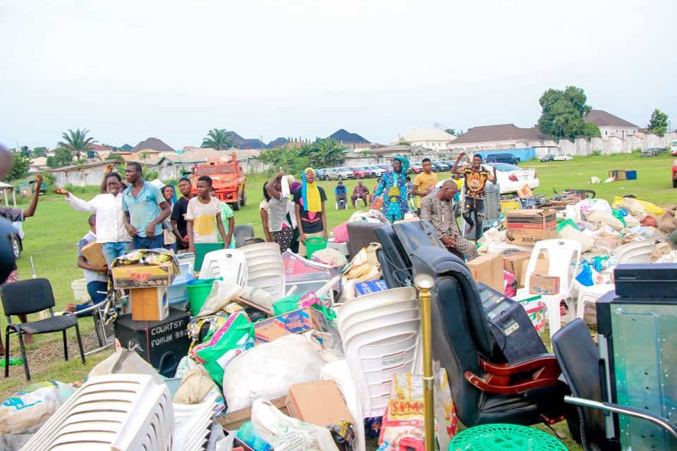 Security Operatives Parade Looters In Osun (Photos) 4