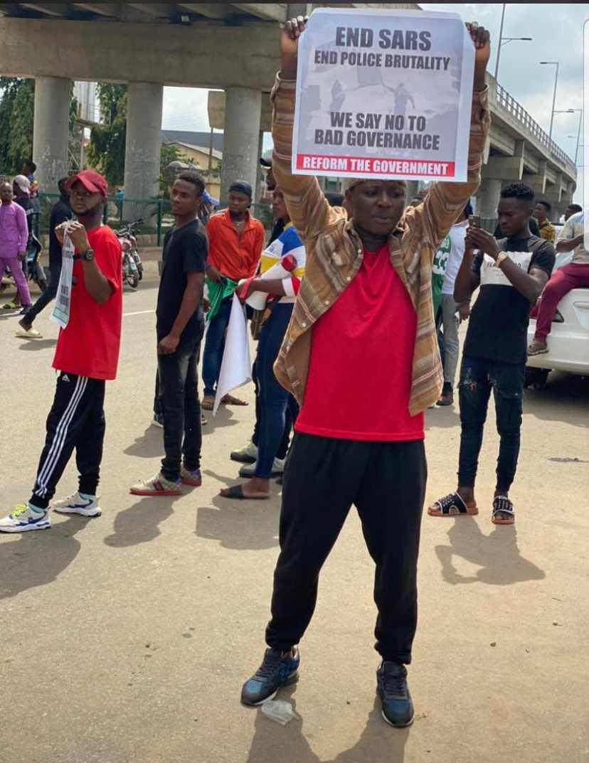 #ENDSARS: Police Officer Kills Man In Ekiti, Leaves Another Critically Injured (Graphic) 2