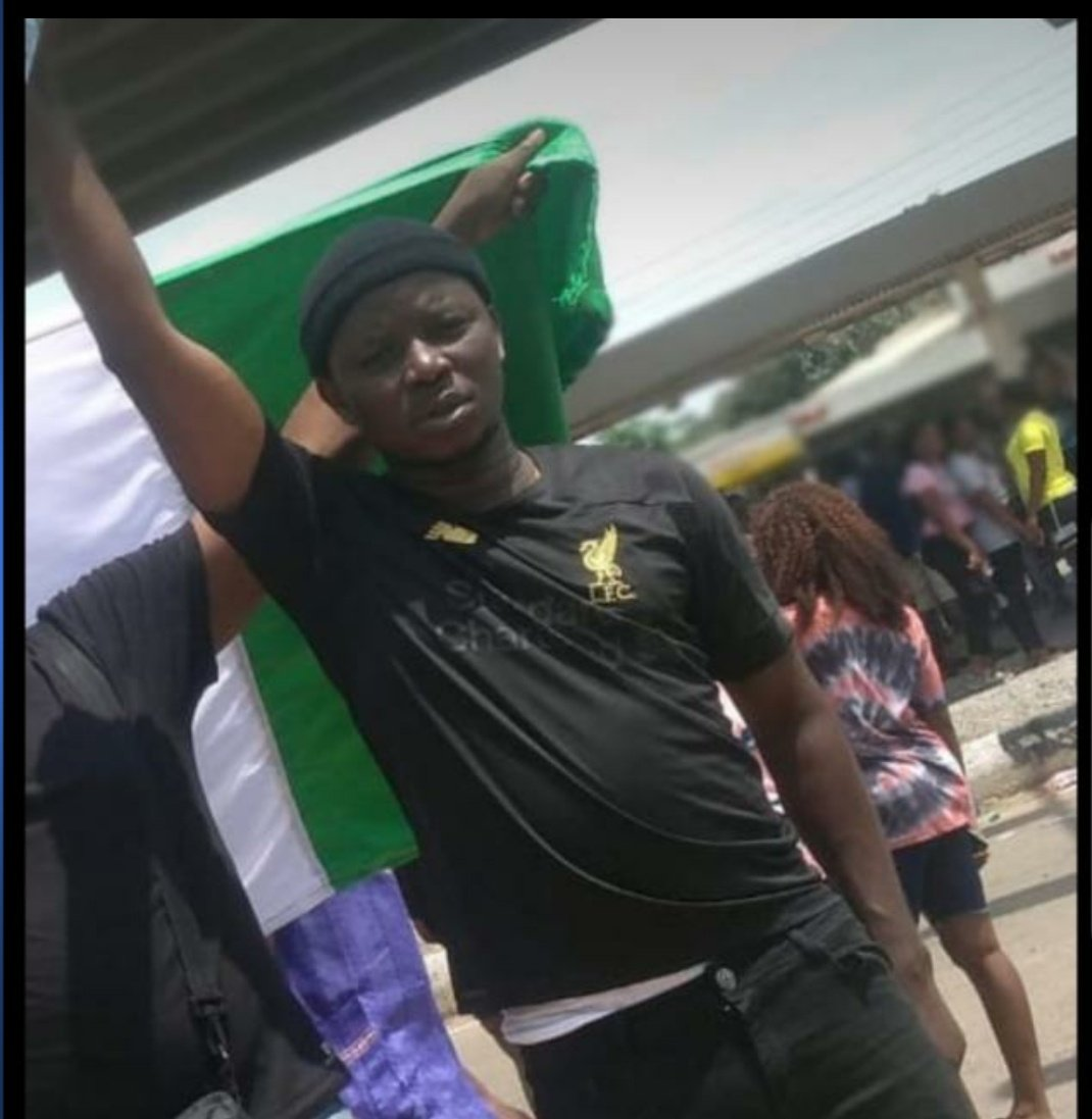 #ENDSARS: Police Officer Kills Man In Ekiti, Leaves Another Critically Injured (Graphic) 3