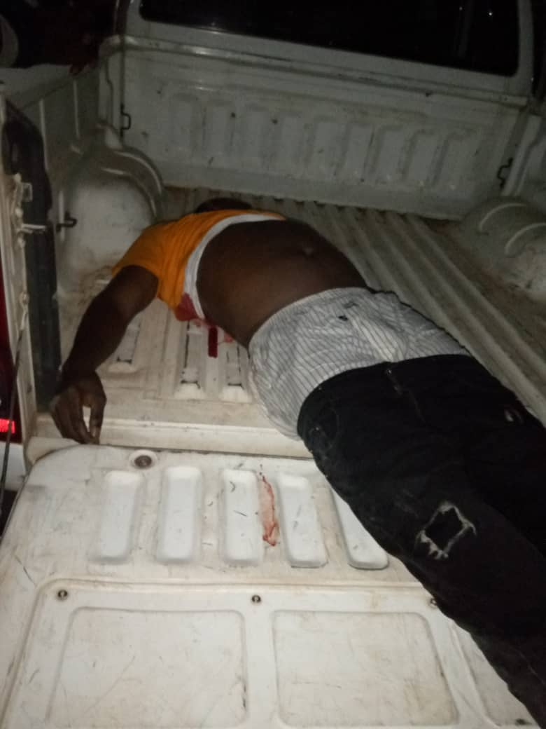 #ENDSARS: Police Officer Kills Man In Ekiti, Leaves Another Critically Injured (Graphic) 4