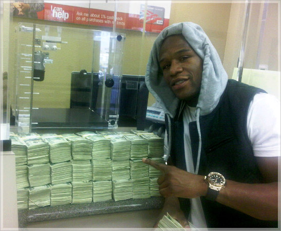Champion Boxer Floyd Mayweather Has 123 Million In A