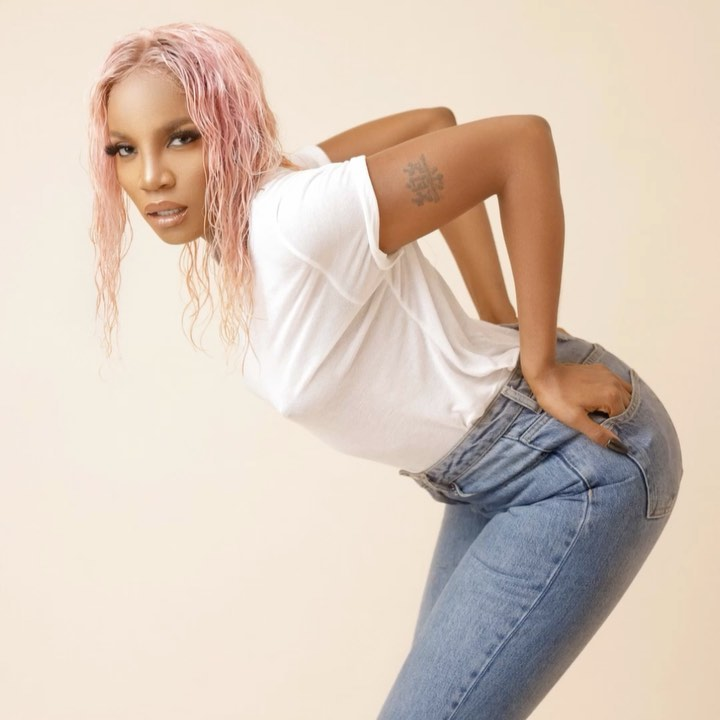 Seyi Shay Goes Completely Nude In A New Photo Shoot. 12995261_14812c2382d9349f39dd6a6d83a7f6a0_jpeg1c1834a4513e5b77ec04a69247ac61c9