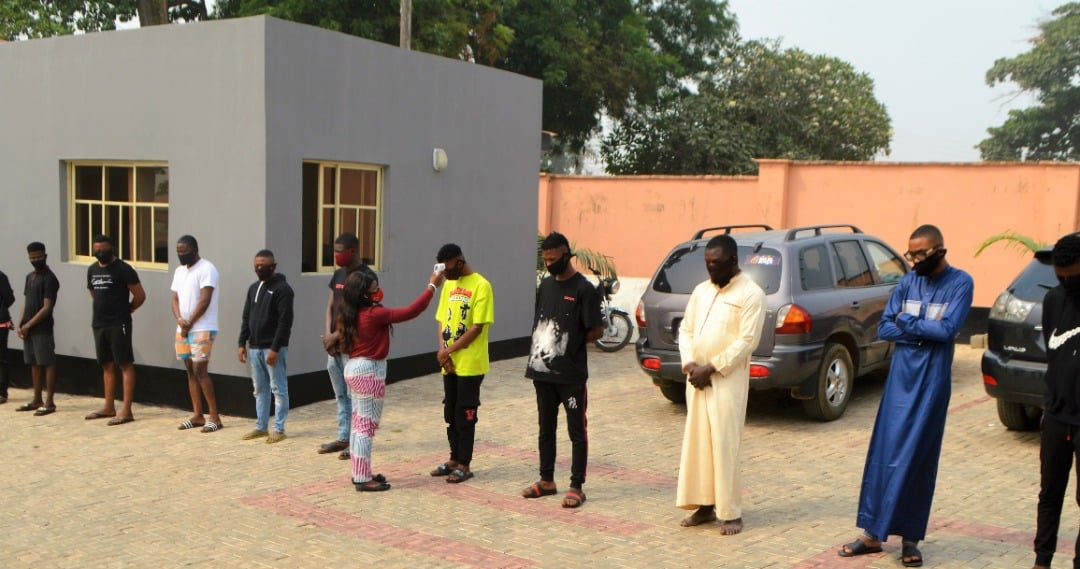 EFCC Arrests 11 Suspected Internet Fraudsters In Osogbo