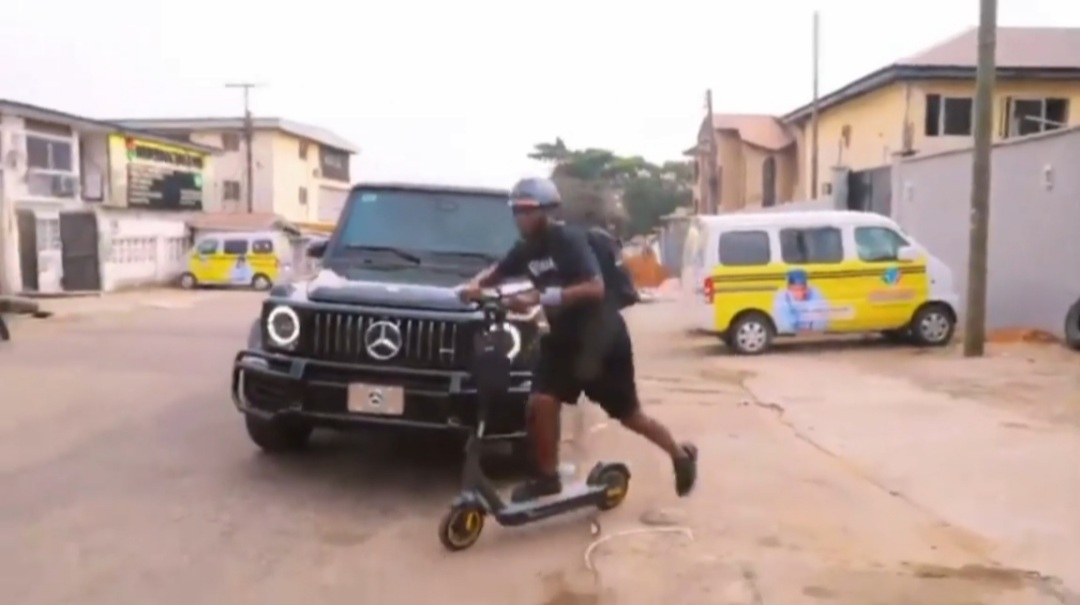 Hip TV boss Rides An Electric Scooter From Ikeja To VI
