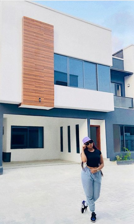 Nengi Hampson Buys A New House (pictures) 13240626_13240363screenshot20210309135939jpega693d97421f79f02a82486204f4e06b7_jpeg_jpegee866664eba8b8f41b53eaa1aa9fe5ee