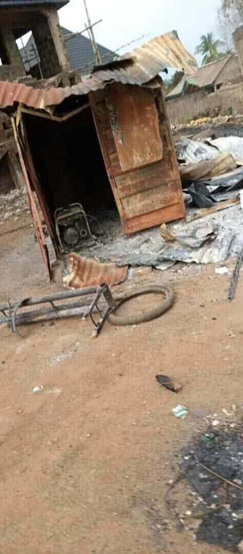 Feuding NURTW faction Storm Ebonyi Village, Kill Many People, Burn Over 200 Houses