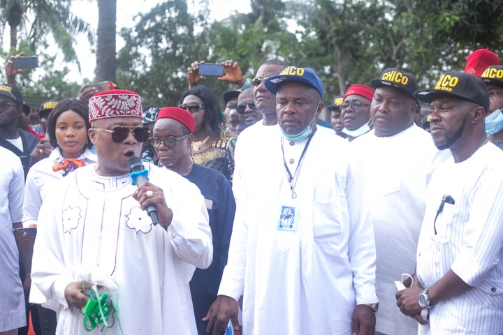 Churchill Joins Anambra Bigwigs, Kings Makers At Commissioning Of 11km Road Project 13379269_img2303_jpeg73f7ce4ea9a1424d559b79999370959f