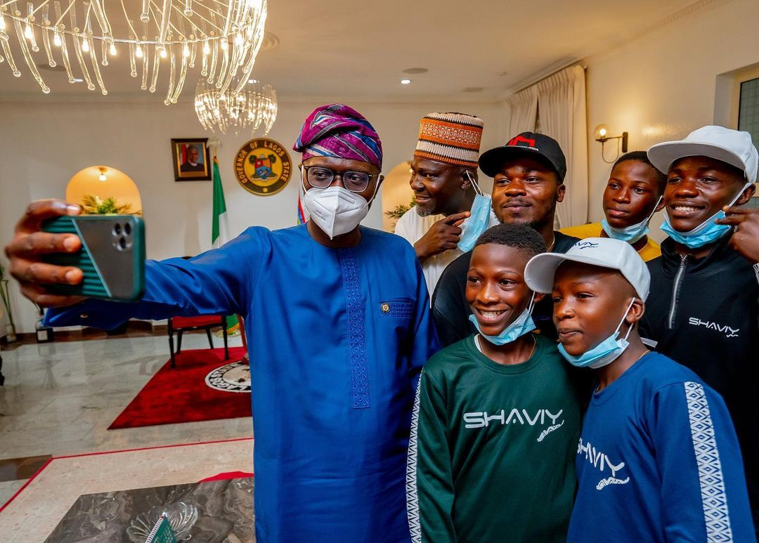The Lagos State Governor, Babajide Sanwo-Olu hosted the talented Ikorodu Bois in his office-PHOTOS