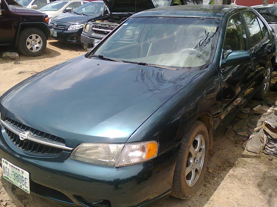 1998 nissan altima registered for sale super clean and cheap autos nigeria. Black Bedroom Furniture Sets. Home Design Ideas