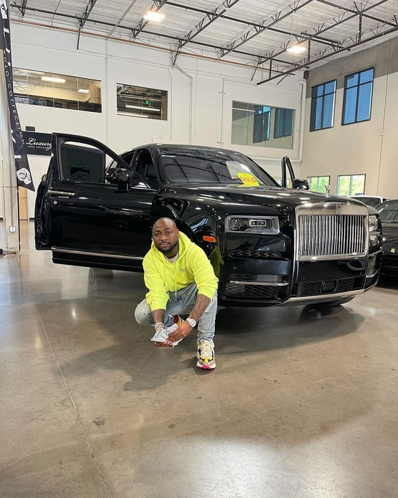 Pictures As Davido Buys New Rolls Royce