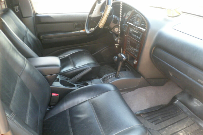 8months Used 2002 Nissan Pathfinder 1st Body Leather Interior For Sale 900k Autos Nigeria