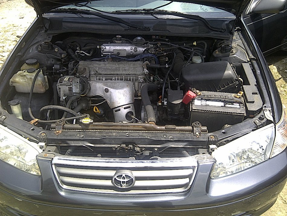 Clean tokunbo 2001 toyota camry le 4 cylinder engine for 2001 camry window motor