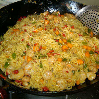 how to prepare indomie and fried egg