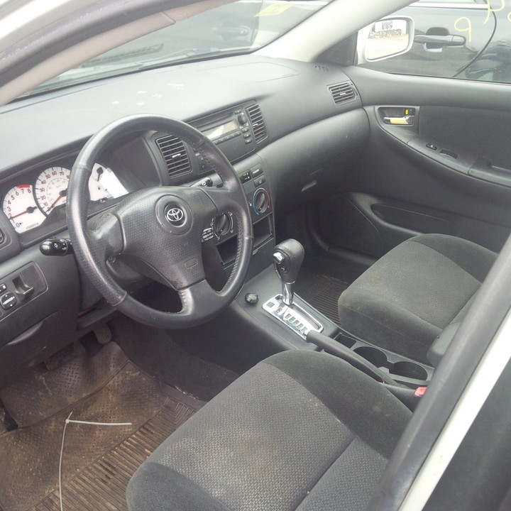 S o l d tin can cleared 2003 toyota corolla sport autos nigeria for Toyota corolla 2003 interior