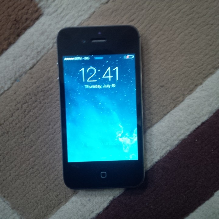 Used Factory Unlocked Apple Iphone 4S For 36K Only