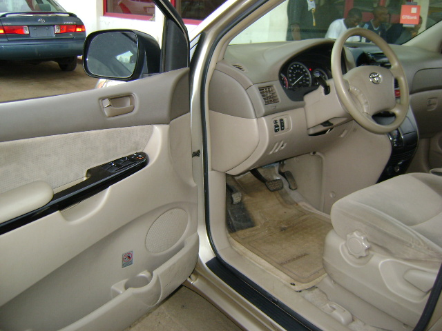 registered clean toyota sienna 2003 model for sale