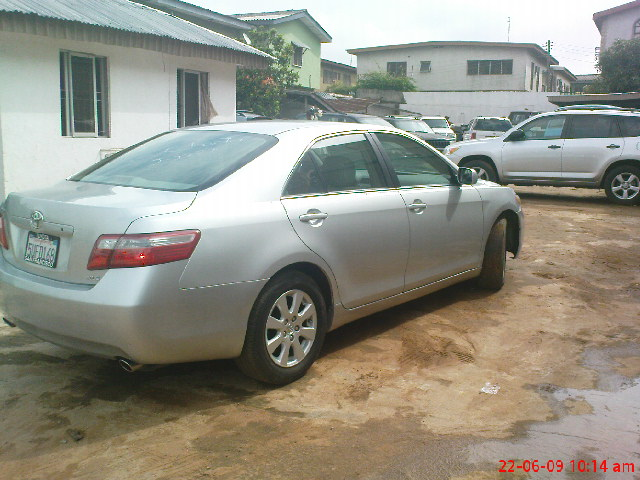 sold sold toyota camry xle forsale autos nigeria. Black Bedroom Furniture Sets. Home Design Ideas