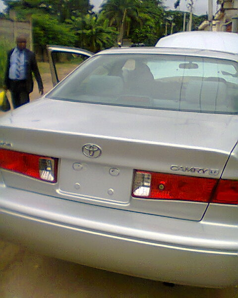 SOLD Tokunbo 2002 Toyota Camry LE American Spec 980000