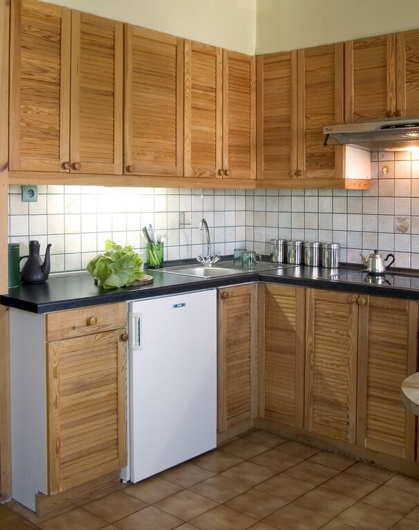 Slat Door Cabinet Kitchen Remodeling In Lincoln Nebraska Baisc Cabinet Door Styles