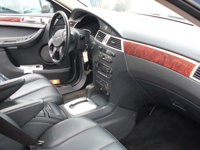 Re: 2005 Chrysler Pacifica, Leather, Alloy Wheels, Third Row Seat. Check It  Out! By Jenju(m): 12:46pm On Jul 28, 2009