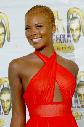 Incredible How Cute Does Low Cut Look On A Lady Fashion Nigeria Short Hairstyles Gunalazisus